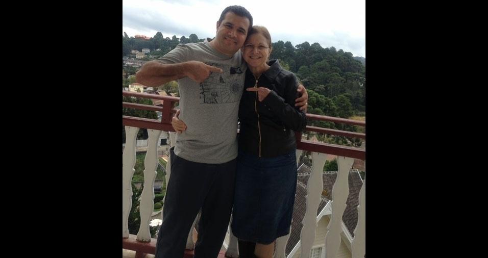 Bruno Leonardo Garcia Moreira com a mãe Olga Izilda, de São Paulo (SP)