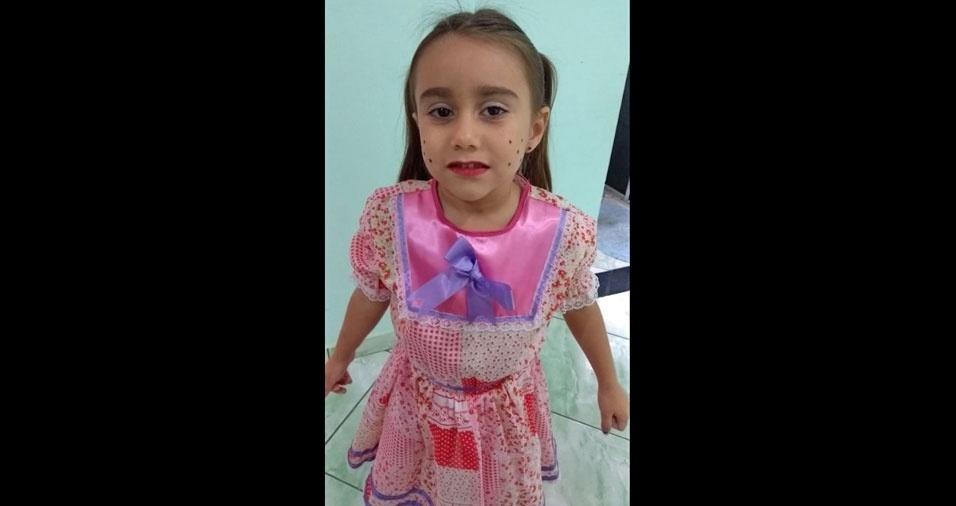 Beatriz Gouveia, quatro anos, é a filha da Janaína Gouveia, de São José dos campos (SP)