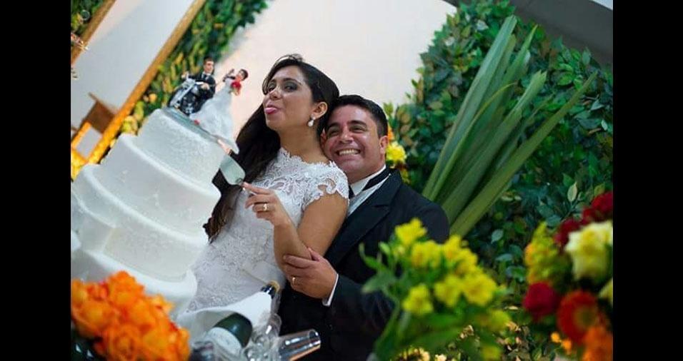 Roney Cunha Lourenço de Oliveira e Natália Abreu da Motta Lourenço se casaram em 15 de setembro de 2015