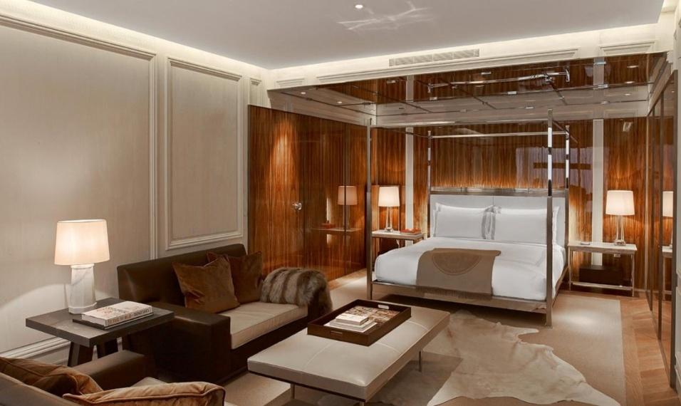 19.mai.2017 - Outra opção de quarto, a Suíte Baccarat, do hotel-residência de luxo onde o empresário goiano está hospedado