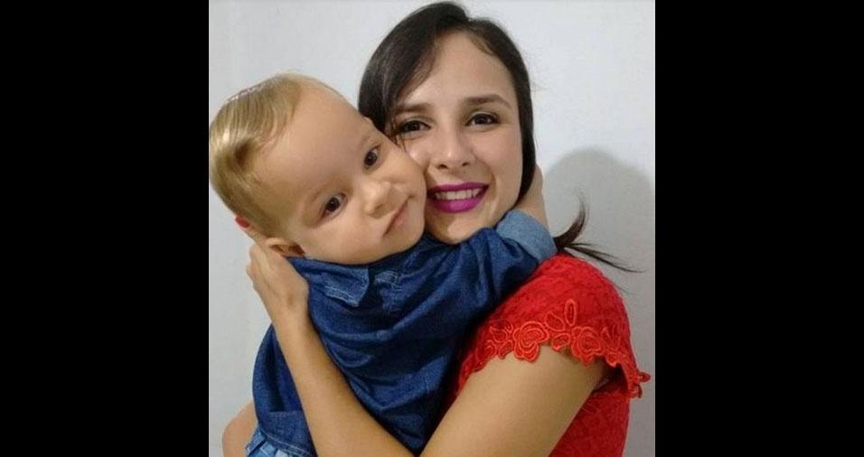 Mara Castro com o filho Miguel