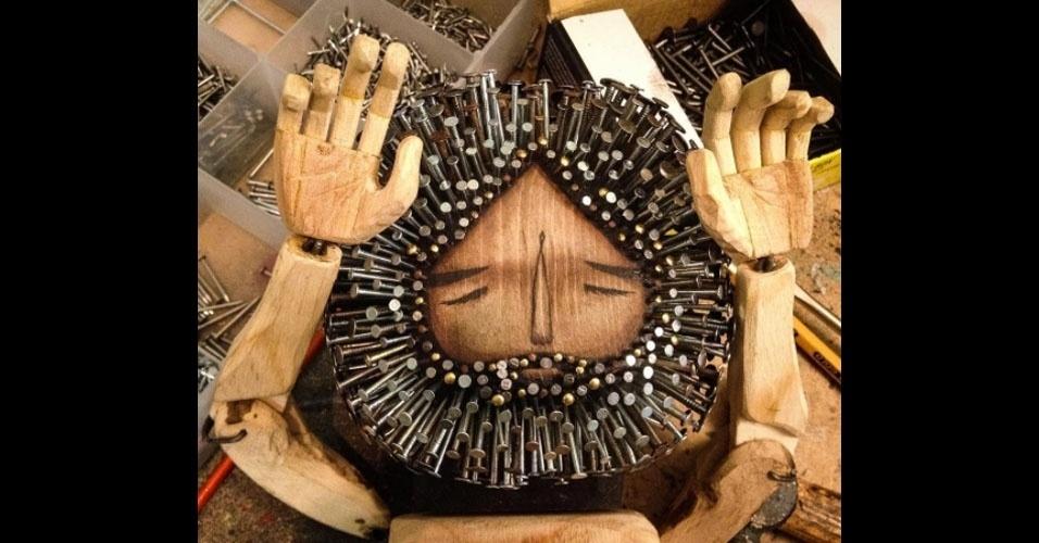 1. Os trabalhos são do artista americano Jaime Molina
