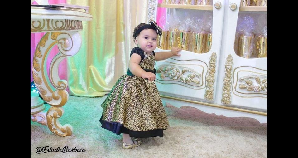 Cecília em sua festinha de um ano. Ela é filha da Maria e do Edvaldo,  Filha de Maria e Edvaldo, de Camaçari (BA)