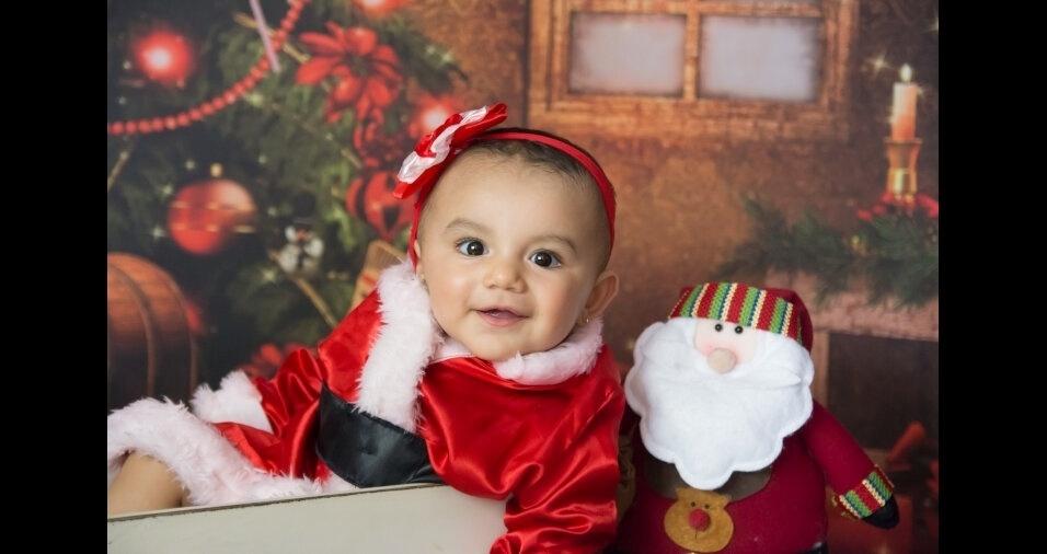 Cristiane Santos enviou foto da filha Heloísa, de sete meses, de Cotia (SP)