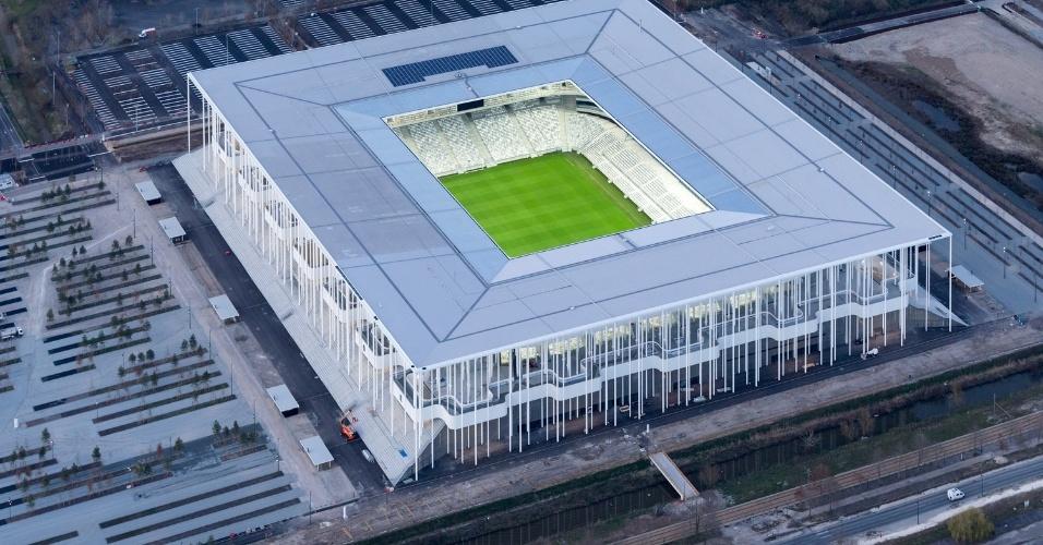 19.fev.2016 - O estádio Matmut Atlantique em Bordeaux, na França, foi o vencedor da categoria