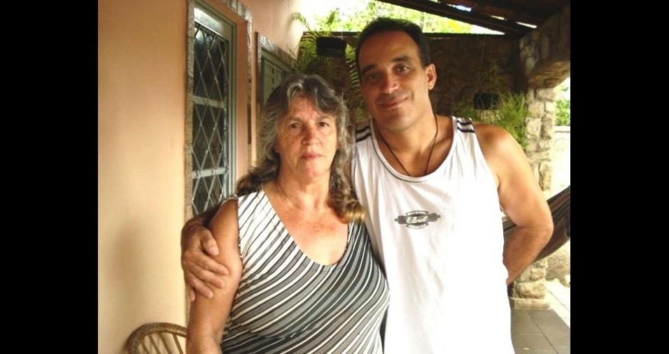 Josemar, de Caxambu (MG), lembra de um domingo, em 1996, que passou em casa com a mãe