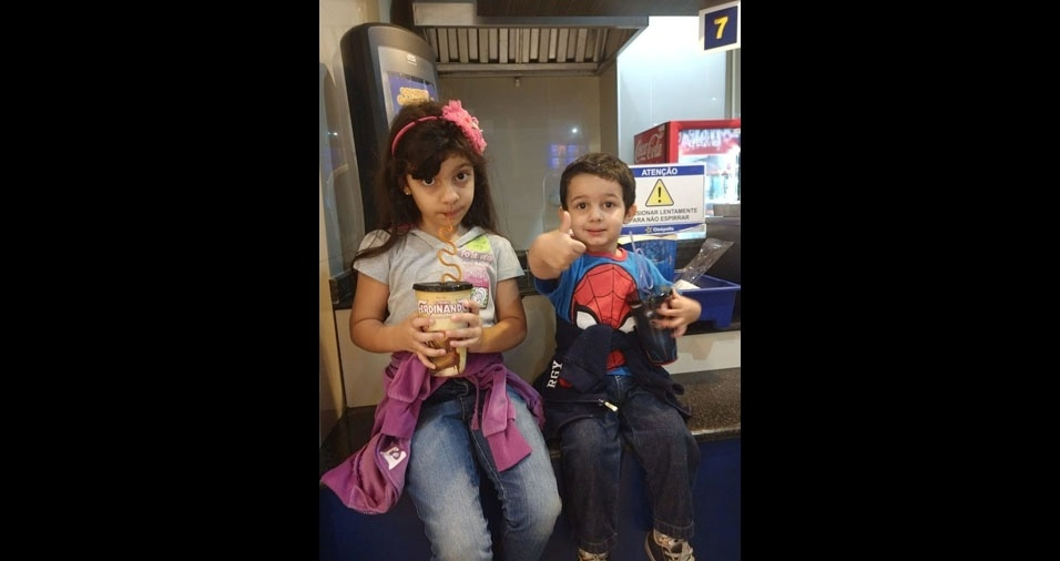 Rafael, três anos, e Sofia, seis anos, são filhos da Silvia Cristina Mariano e do Fábio Martinelli, de Campo Grande (MS)