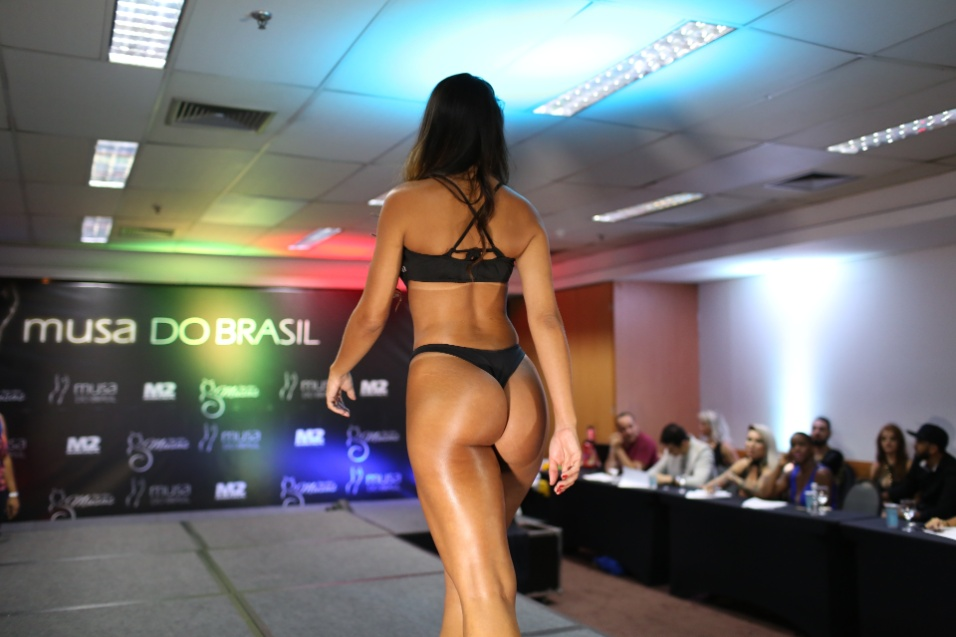 14.dez.2016 - Apesar de levar o público à loucura durante seu desfile de maiô, Clariane Caxito não pegou pódio no concurso Musa do Brasil 2016