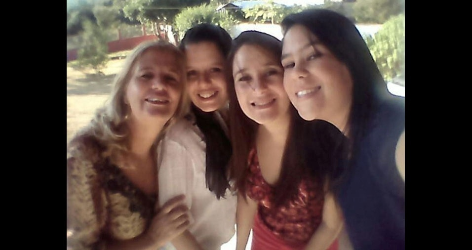 Marisa com as filhas Maria Clara, Karina é Luíza, de Belo Horizonte (MG)