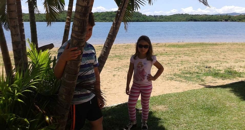 Luiz Rafael, de São Luís de M. Belos (GO), enviou foto dos filhos Samuel e Raquel
