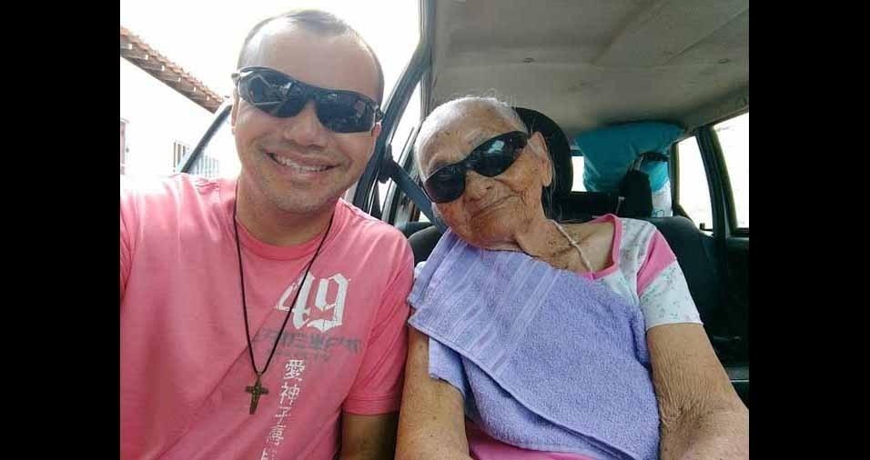 Adson Virjon e a vovó Maria Davi, de Afonso Bezerra (RN)