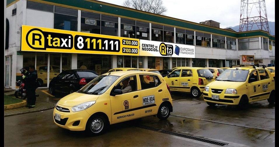 25. Na Colômbia, são pequenos carros amarelos