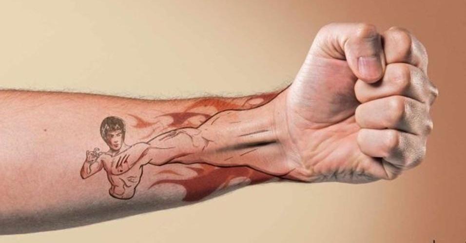 Nova Moda Da Tatuagem é Fazer Um Efeito 3d Unindo A Mão Ao