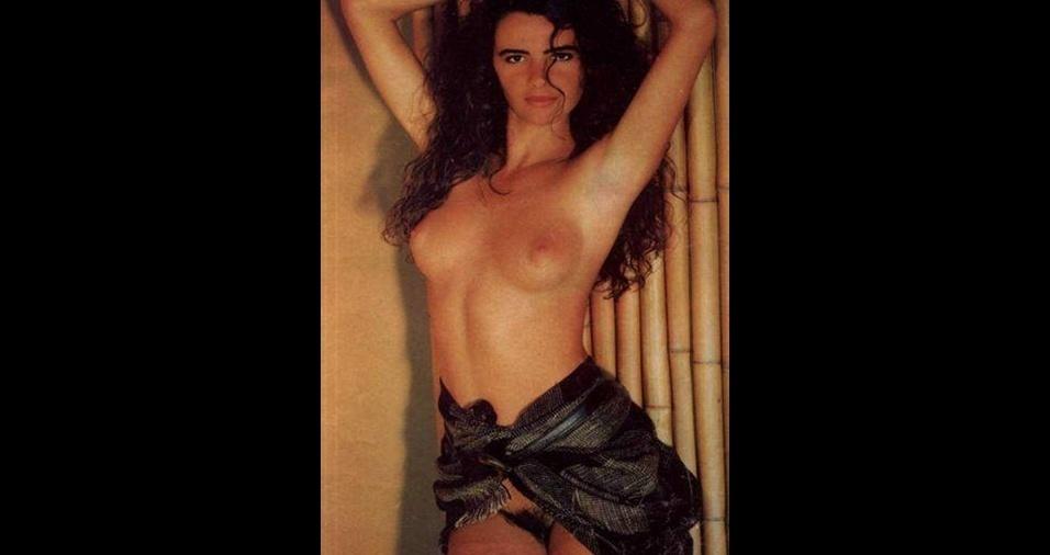 """25. Luma de Oliveira, a ex de Eike Batista, posou em 1987 para a """"Playboy"""" e mostrou que não costumava aparar a área do quintal"""