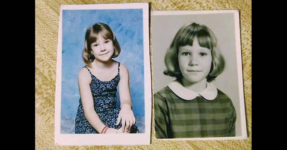 18. Nesta foto, a filha está à esquerda, e a mãe, à direita