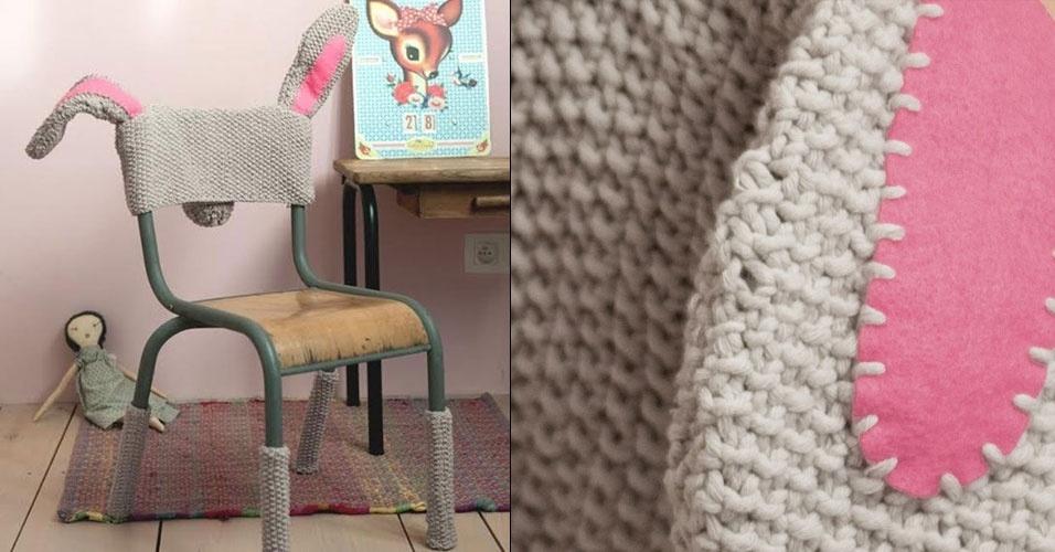 10. Capa para cadeira com orelhas e pés de coelho