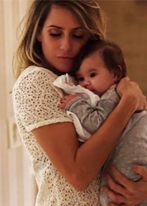 Deborah Secco conta que sua irmã deverá amamentar a filha, Maria Flor - Reprodução/Instagram