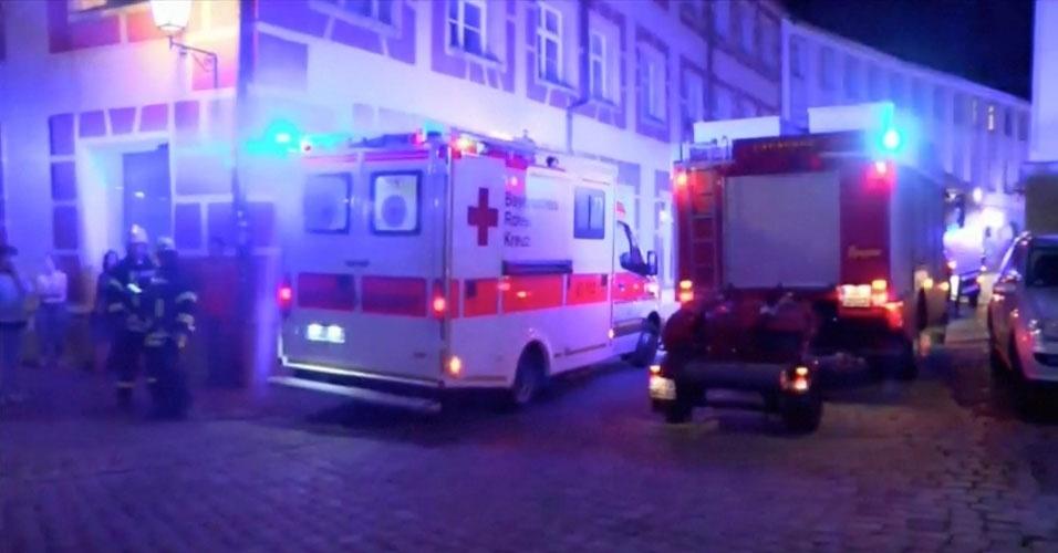 14. Ansbach, Alemanha: em 24 de julho, uma explosão em frente a um restaurante onde haveria um festival de música deixou um morto e 12 feridos. O autor era um refugiado sírio de 27 anos