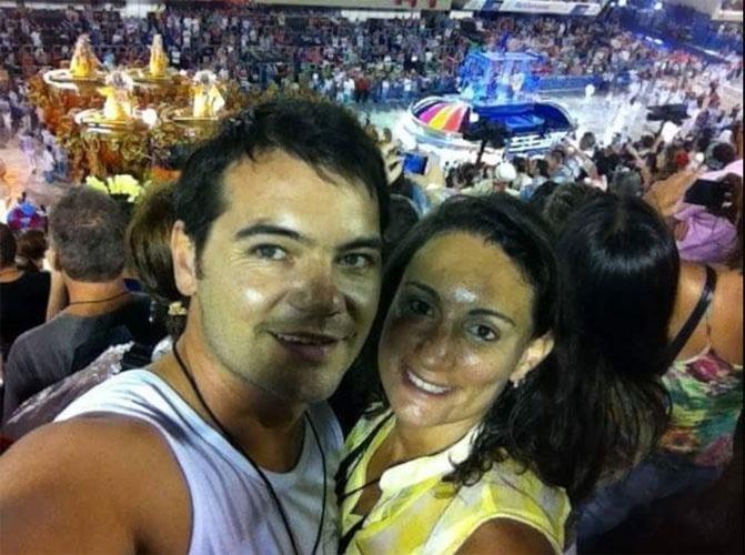 """Ana Carolina e o marido Renato, de Curitiba (PR), """"amam demais tudo isso"""""""