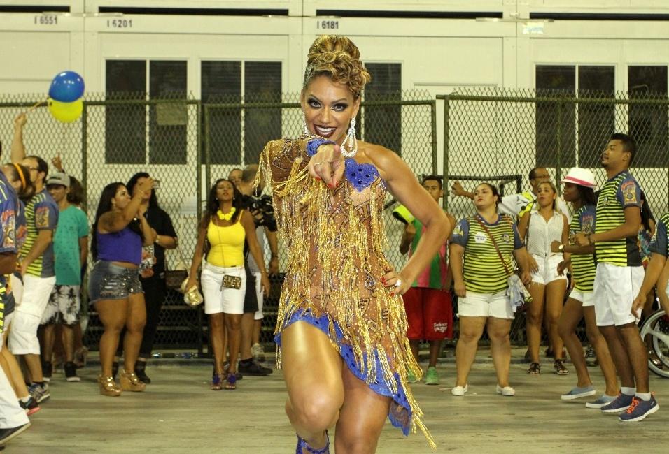 12.fev.2017 - Ana Paula Evangelista é uma das musas da escola de samba Unidos da Tijuca