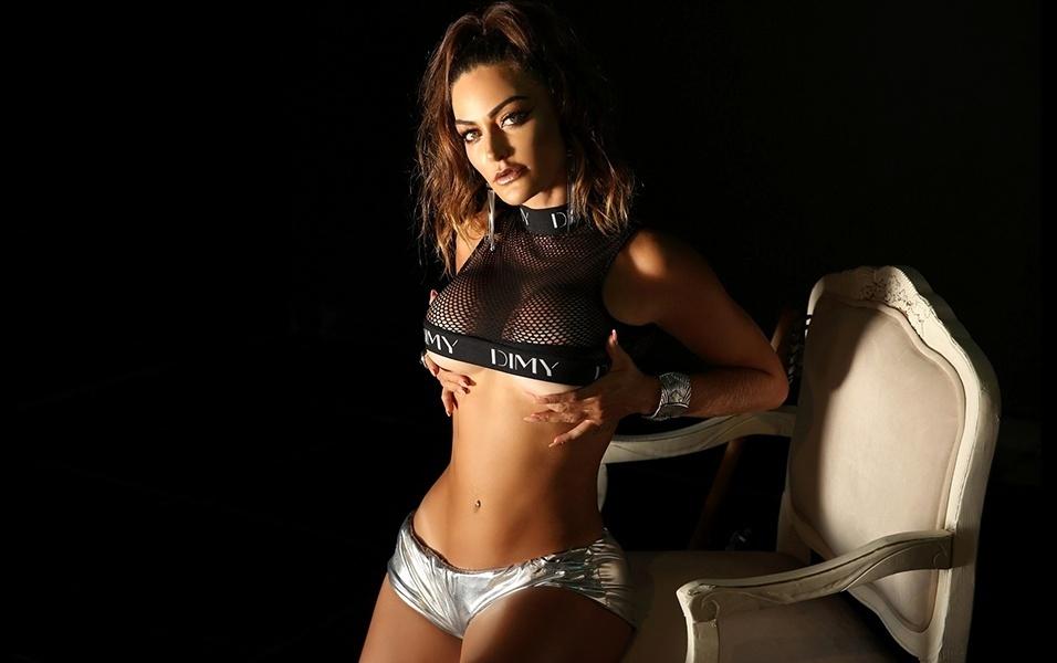 """16.mar.2018 - Laura Keller é modelo e atriz e atualmente está """"se aventurando"""" como DJ"""