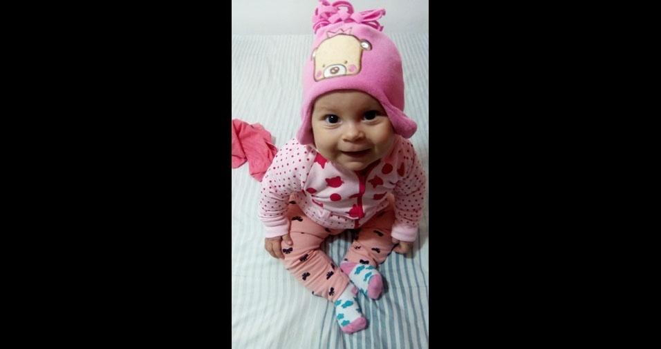 A pequena Helena é filha da Gabriela Genesini, de Fernandópolis (SP)