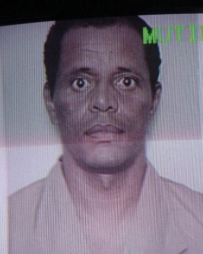 Misael Aparecido da Silva, o Miza, foi mais um dos fundadores e principais líderes do PCC (Primeiro Comando da Capital) que foi morto no racha da facção, em 2002. Ele estava preso na penitenciária de Presidente Venceslau (SP), quando foi enforcado pelos companheiros de facção. Miza tinha 41 anos