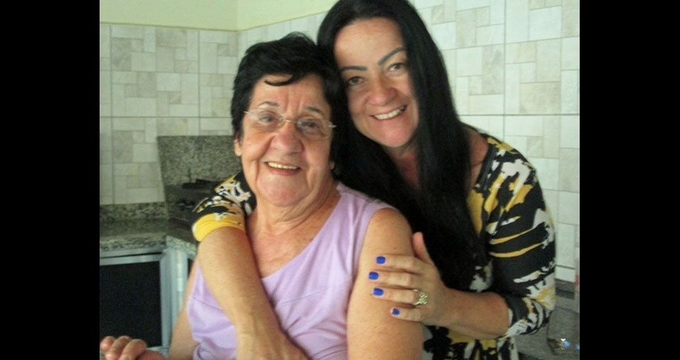 Sionéia com a mamãe Áurea