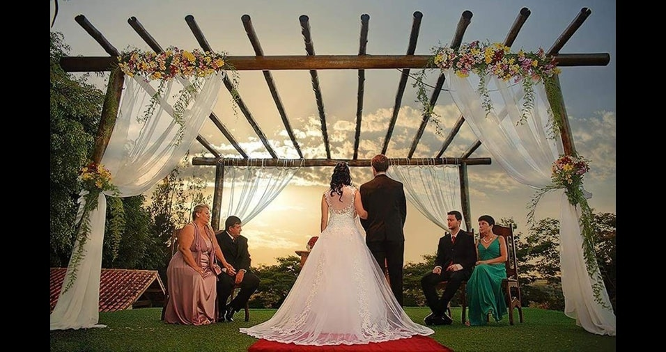 Marcela Martins e Gabriel Flynn casaram-se em 9 de maio de 2015, em Bragança Paulista (SP)