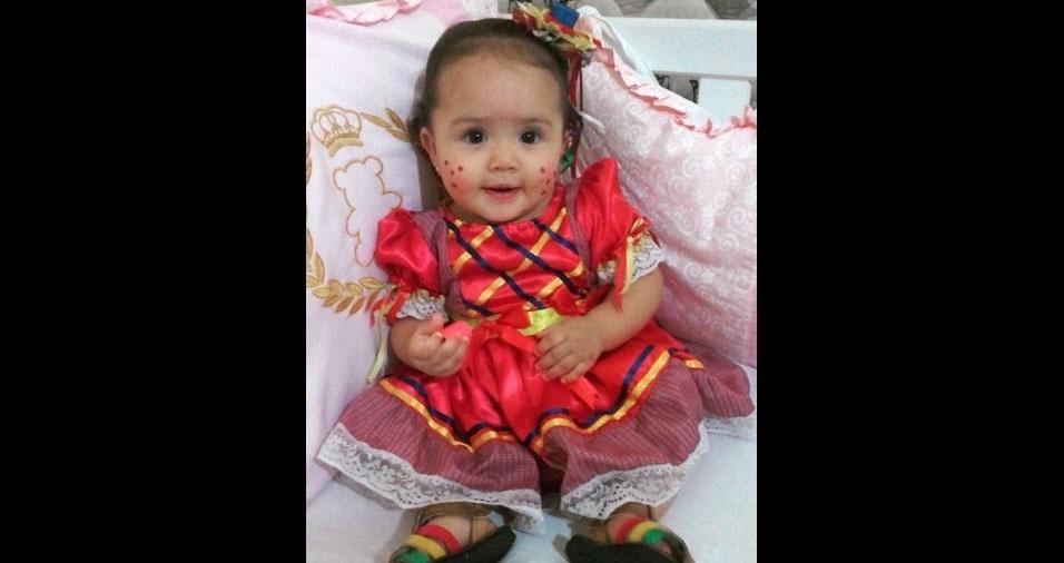 Mamãe Viviane Patricia Santos enviou a foto da filha Valentina. Elas moram em Olinda (PE)