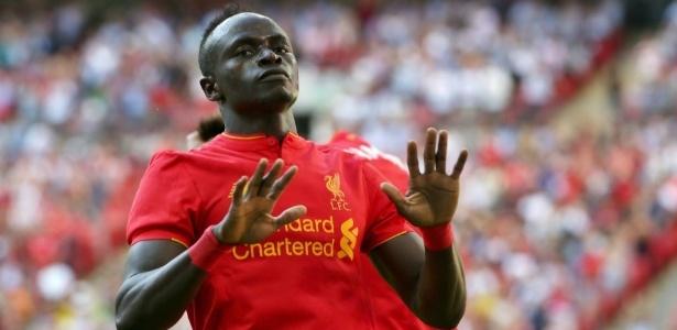Atacante sofreu lesão muscular defendendo a seleção de Senegal