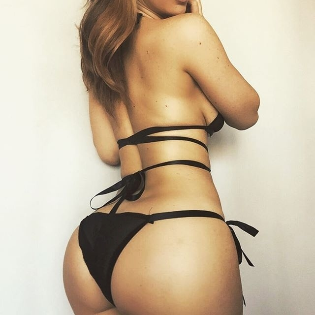 20.nov.2016 - Jayden Jaymes é um sucesso em sua carreira como atriz pornô. A morena já foi indicada diversas vezes em prêmios eróticos e até já faturou um, na categoria ?Melhor Sexo Grupal?, no evento gringo AVN Award
