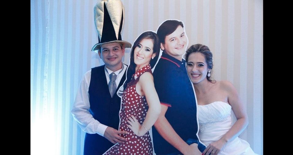 Daniel Amadeu Gomes Vieira e Helen Caroline Couto Vieira casaram em 3 de maio de 2014