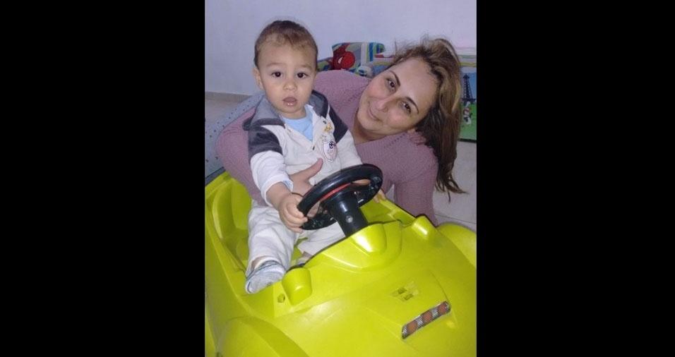 O vovô Leandro enviou foto da vovó Ju com seu netinho Lucas Kauã, de São Roque (SP)