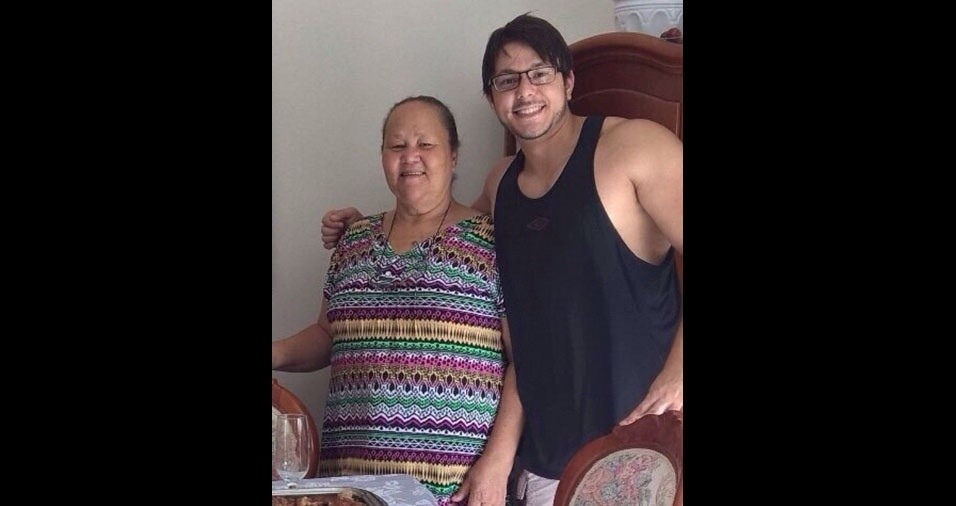 """Avó Laura com o neto Ygor Henrique, de João Pessoa (PB): """"Te amo vó!"""""""