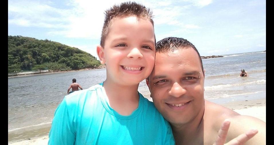 Marcos Leal com o filho Felipe, de Mauá (SP)