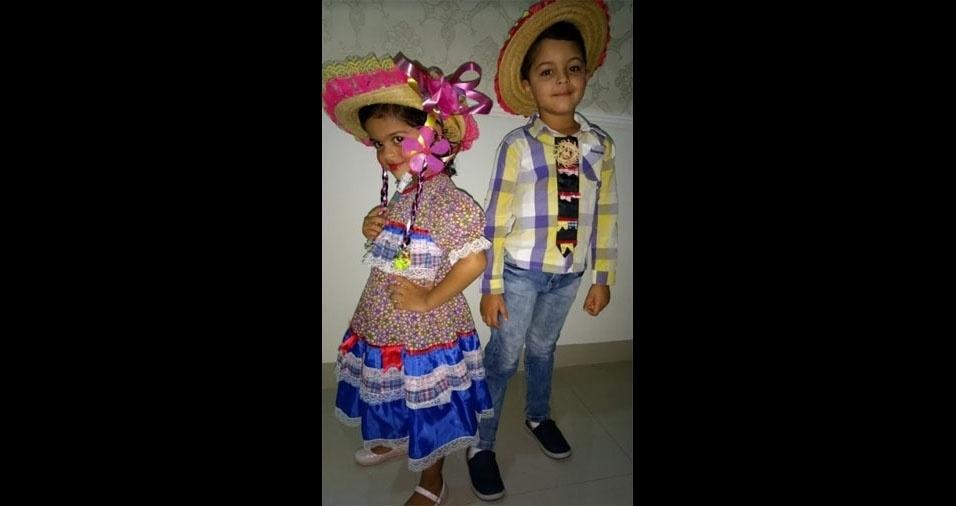 Lidiane Minghini enviou foto dos filhos Lara, de três anos, e Felipe, de cinco anos. A família mora em Paragominas (PA)