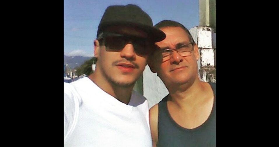 Erik Guimarães, de São Carlos (SP), com o pai Nelson, de São Sebastião (SP)