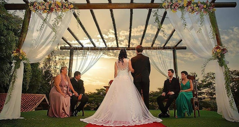 Marcela Martins Flynn e Gabriel Flynn de Castro casaram-se em Bragança Paulista (SP), no dia 9 de maio de 2015