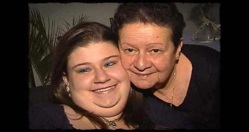 Carla Cristina Arellano Penna com a avó Naila Brunetti Arellano, de São Paulo (SP), que faleceu em maio de 2014, aos 65 anos
