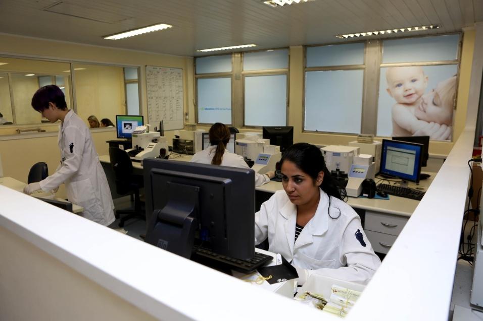 A Apae-SP foi pioneira no estudo de deficiências intelectuais. A instituição trouxe o teste do pezinho para o Brasil há cerca de 40 anos. Os testes são feitos ainda na maternidade, assim que a criança nasce. O teste básico, incluído no SUS (Sistema Único de Saúde), detecta até seis doenças.