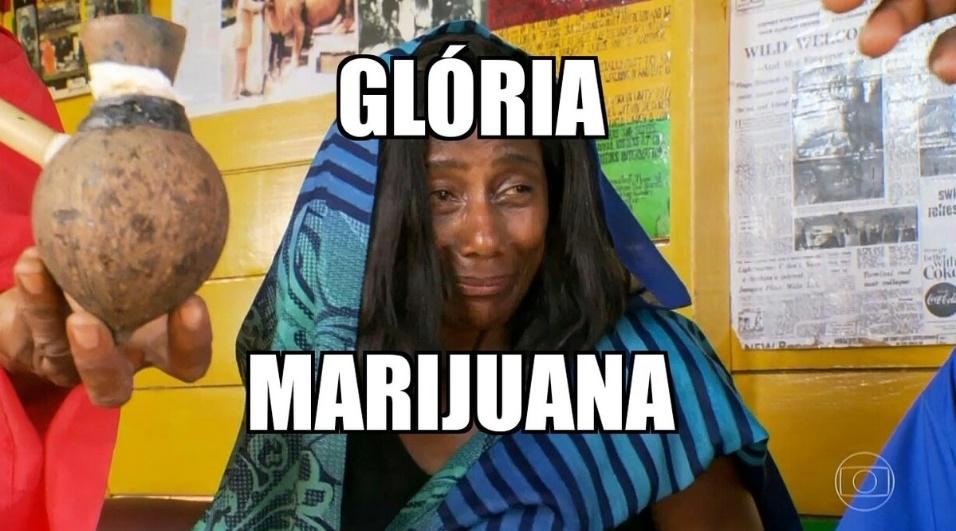 """2.jul.2016 - Internautas sugeriram até que a apresentadora Glória Maria deveria mudar de nome após experimentar maconha em visita à Jamaica. """"Marijuana"""" é uma das formas como a erva é conhecida"""