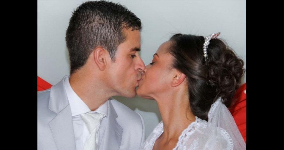 Urçula Karina e Anderson Gonçalves, de Diadema (SP), estão casados desde 28 de dezembro de 2014