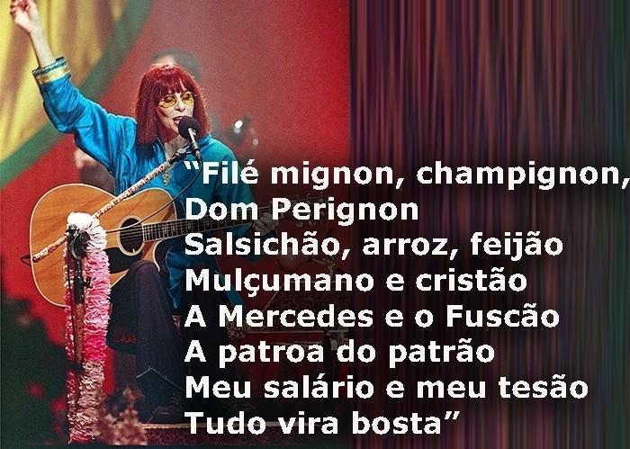 """Trecho da música """"Tudo vira bosta"""", de 2004; foto da cantora durante gravação do programa Acústico MTV, em 1998"""