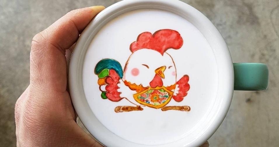 32. Alguns seguidores se impressionam com os traços e só depois percebem que os desenhos são feitos em xícaras de café, o que aumenta ainda mais a admiração pelo trabalho de Lee