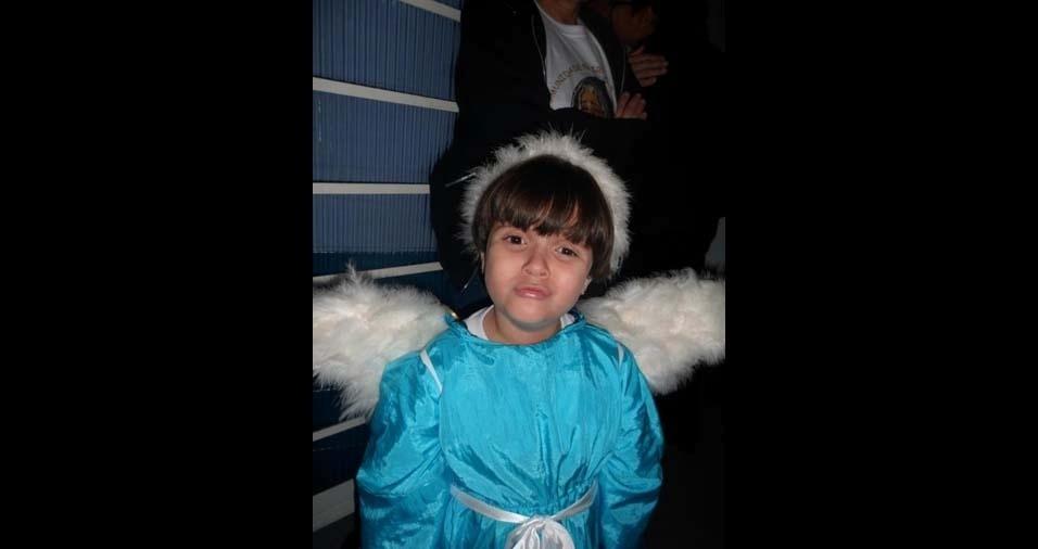 """Alexandre, de Poá (SP), enviou foto da filha Amanda: """"Deus nos presenteou com a flor mais linda do seu jardim"""""""