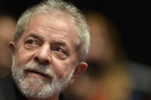 Luiz Inácio Lula da Silva (1945), presidente do Brasil entre 2003 e 2010