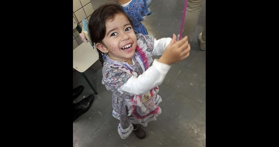 Mayara Teixeira dos Santos enviou foto da filha Larissa Santos, de dois anos, de São Paulo (SP)