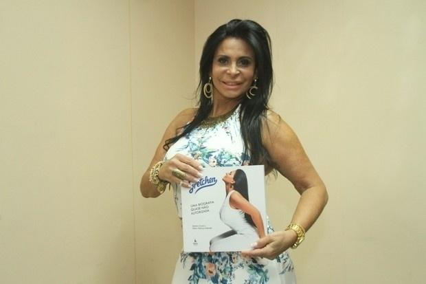 26.out.2015 - Depois de São Paulo, Rio de Janeiro foi a cidade escolhida por Gretchen para o lançamento de sua biografia
