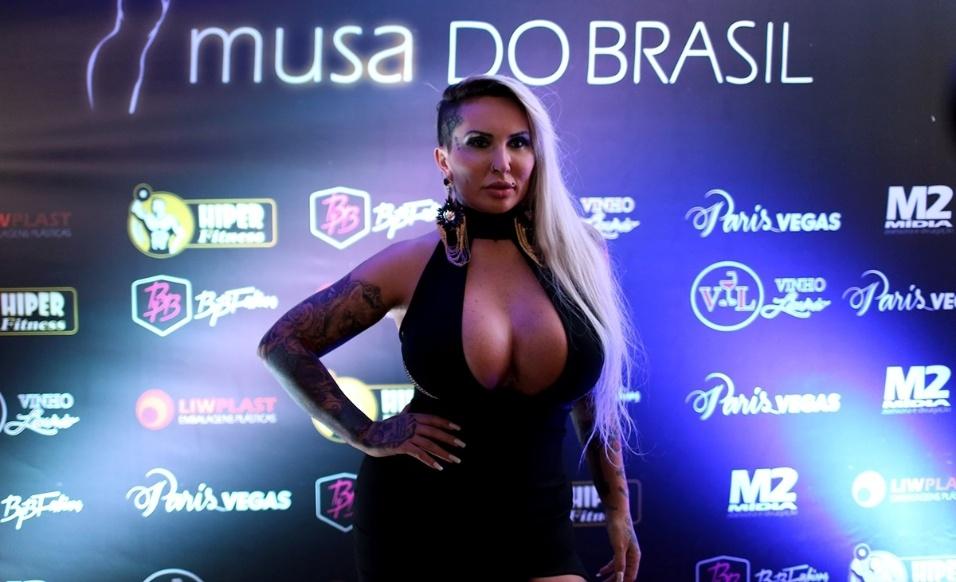 14.dez.2016 - Sabrina Boing Boing marca presença na final do Musa do Brasil, que acontece no Hotel Holiday Inn Anhembi, em São Paulo. A beldade é uma das juradas do concurso